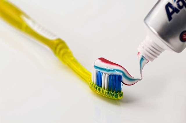 toothpaste-sodium-lauryl-sulfate