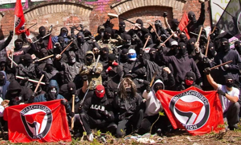 antifa-militants